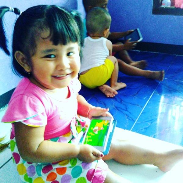 Tips Mencegah Anak Doyan Main Hape