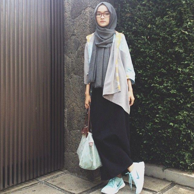 Fashion Hijab Rok Span Hitam